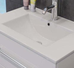 Badset KUBOA 4-teilig 70cm breit | Waschplatz, LED-Spiegel & 2x Hochschrank | weiß-hochglanz